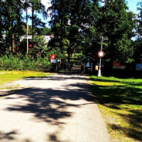 Brána u obce Ráby