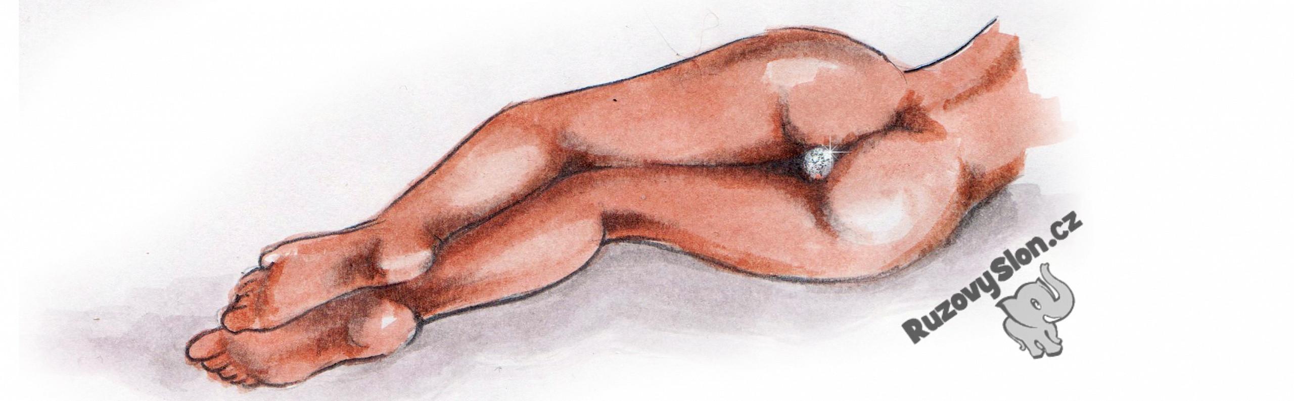 Ležící žena s análním šperkem v zadečku
