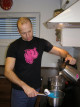 Adam sterilizuje vroucí vodou Fun Factory Tiger G5