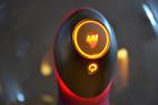 KamaSutra - silikonový vibrátor, střední velikost, záběr na osvícení tlačítek
