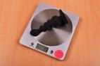 Anální kolík Black Cascade s přísavkou, na váze