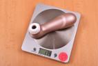 Satisfyer Pro 2 Next Generation – vážíme pomůcku, stolní váha ukazuje 179 g