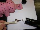 Žert. malování na tělo - čokoláda