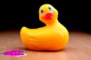 Vibrační kačenka Duckie