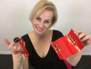 Veronika a Fun Factory Hybrid Kit nabíječka